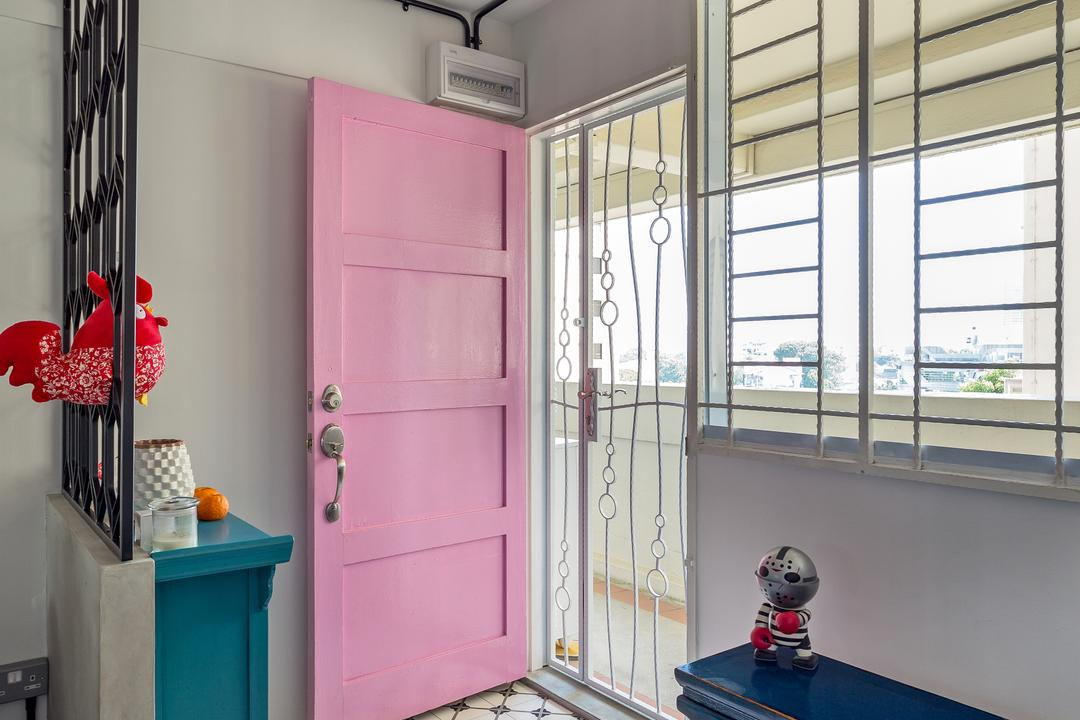 Holland Avenue, Free Space Intent, Eclectic, Living Room, HDB, Foyer, Entrance, Hallway, Retro, Colonial, Main Door, Corridor Unit, Corridor