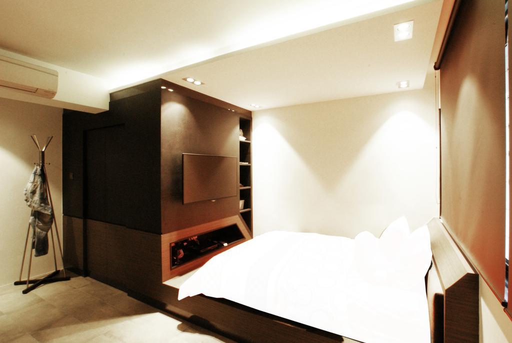 Modern, HDB, Bedroom, Chua Chu Kang (Block 420), Interior Designer, Metamorph Design, Platform, Bed, White, Tv Console, Tv Cabinet, Shelves, Shelving, Coat Rack