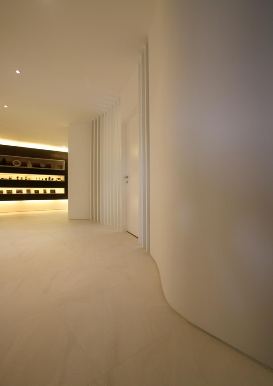 Modern, Condo, Avon Park, Architect, 7 Interior Architecture, Hallway, Molding