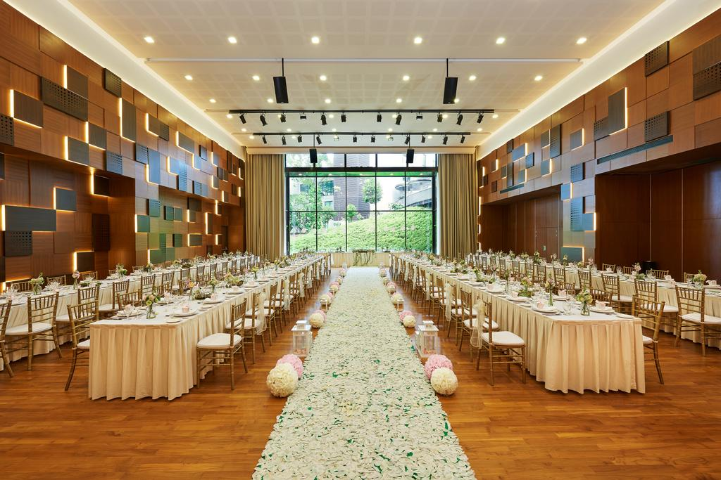 Changi Cove, Commercial, Interior Designer, The Design Abode, Modern, Down Lights, Track Lights, Feature Walls, Parquet, Glass Windows, Home Decor, Linen, Tablecloth, Conference Room, Indoors, Meeting Room, Room, Ballroom, Interior Design