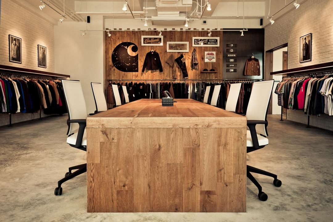 Carhartt WIP, Fixonic Interior Design & Construction, 工業, 商用, Plywood, Wood, Closet, Dining Table, Furniture, Table, 飯廳, Indoors, Interior Design, Room