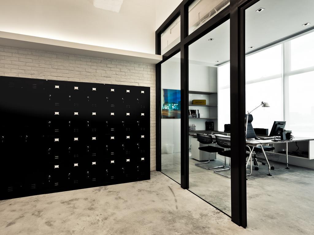Carhartt WIP, 商用, 室內設計師, Fixonic Interior Design & Construction, 工業, Chair, Furniture
