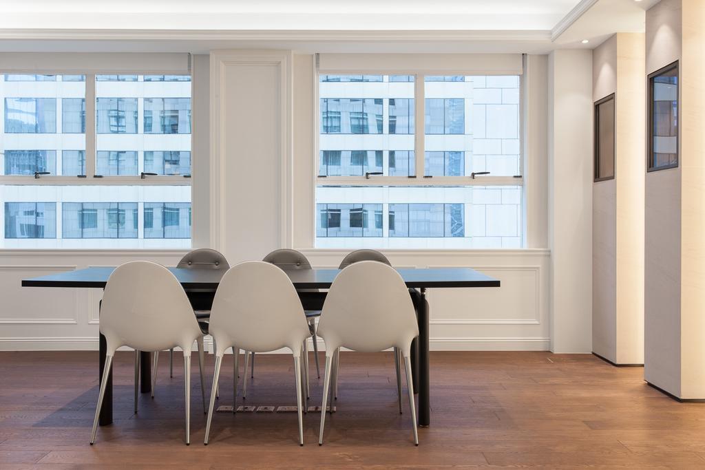 IVY New York, 商用, 室內設計師, Fixonic Interior Design & Construction, Dining Table, Furniture, Table, Chair, 飯廳, Indoors, Interior Design, Room