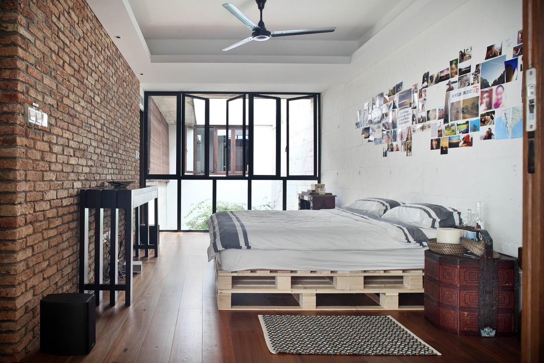 Neil Road Shophouse, The Design Abode, Traditional, Bedroom, Landed, Bed, Bed With Storage, Brick Wall, Old, Antique, Bedside Table, Chinese, Ceiling Fan, Window, Wood Floor, Wall Art, Furniture, HDB, Building, Housing, Indoors, Loft, Interior Design, Room