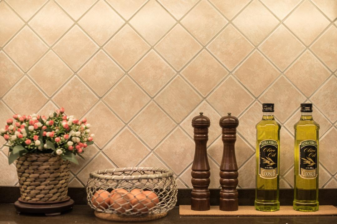 Woodlands Street 41 (Block 418), Fatema Design Studio, Traditional, Kitchen, HDB, Wall Tiles, Chess, Game, Blossom, Flora, Flower, Flower Arrangement, Ornament, Plant, Bottle, Alcohol, Beer, Beverage, Drink, Pot