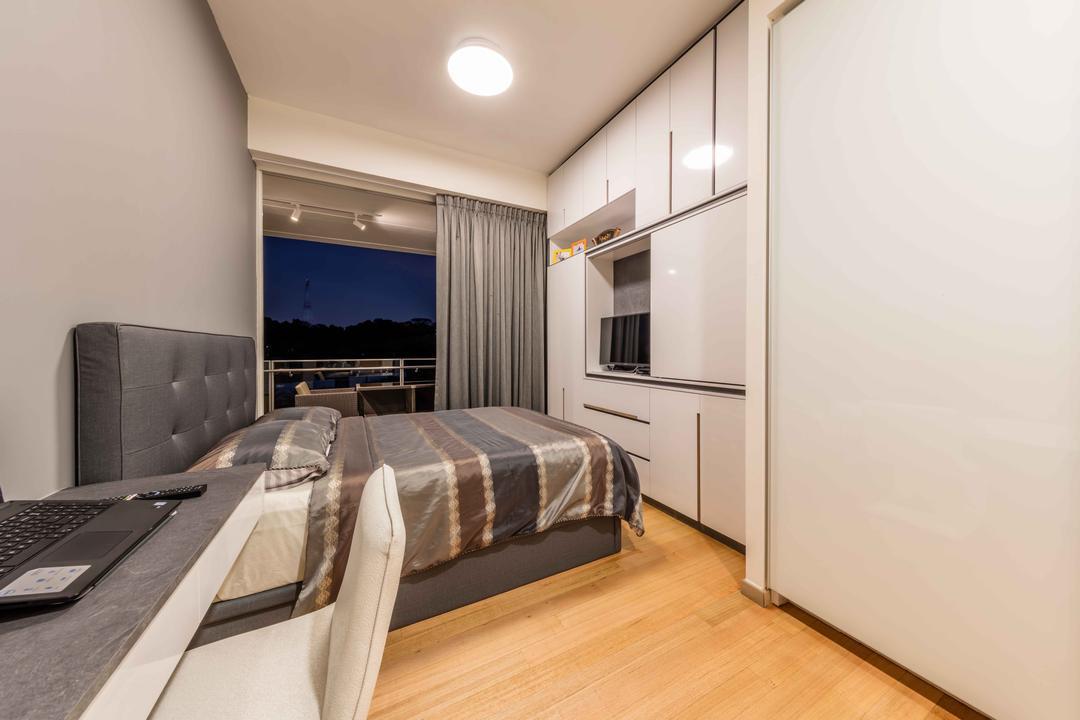 Turquoise @ Sentosa Cove, Ciseern, Modern, Bedroom, Condo, Electronics, Keyboard, Couch, Furniture, Bed, HDB, Building, Housing, Indoors, Door, Sliding Door