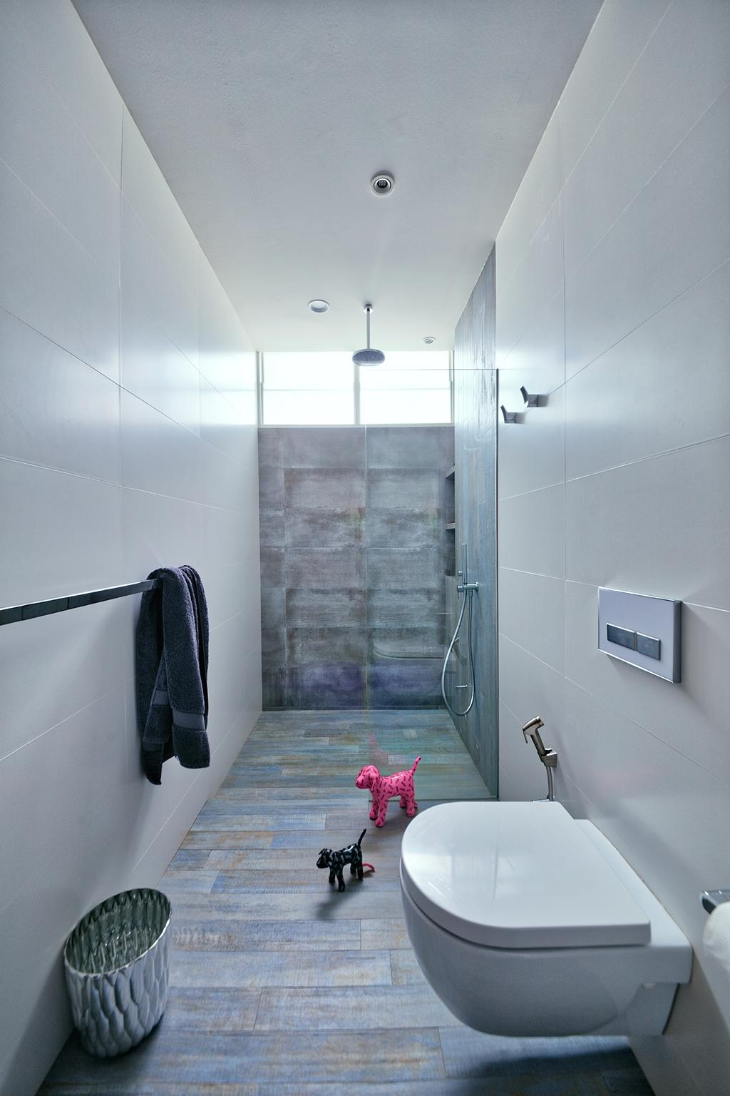 Industrial, Condo, Bathroom, Jaya Tower, Interior Designer, Free Space Intent, Eclectic, Towel