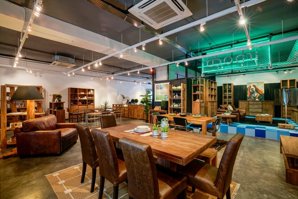 Journey East Showroom, Commercial, Architect, 7 Interior Architecture, Industrial, Couch, Furniture, Chair, Dining Table, Table