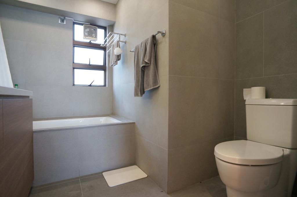 簡約, 私家樓, 浴室, 龍騰閣, 室內設計師, 和生設計, Toilet, Indoors, Interior Design, Room