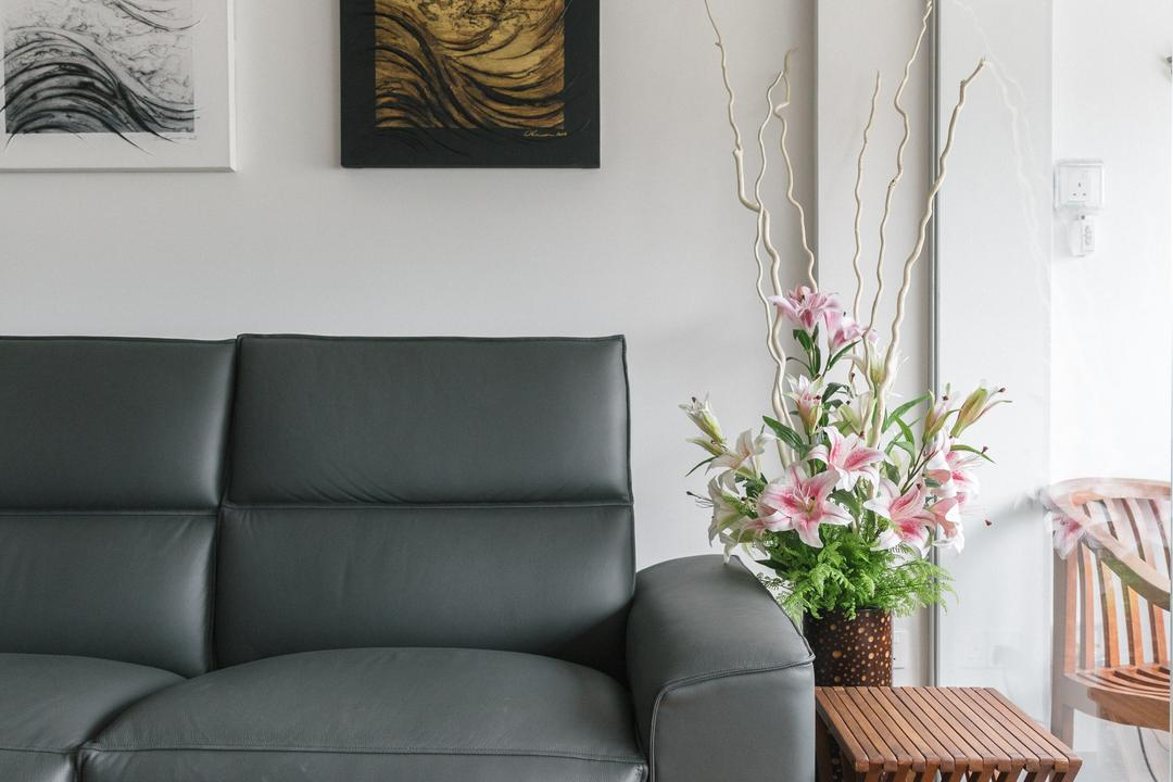 Bishan Summit, Schemacraft, Contemporary, Living Room, HDB, Flora, Jar, Plant, Potted Plant, Pottery, Vase, Couch, Furniture, Art, Drawing, Sketch, Blossom, Flower, Flower Arrangement, Ornament, Ikebana