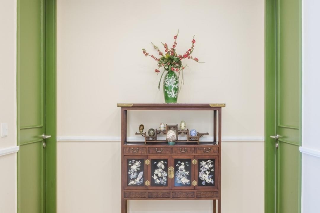 Kiaramas Ayuria, Mont Kiara, A Moxie Associates Sdn Bhd, Eclectic, Living Room, Condo, Art, Blossom, Flora, Flower, Flower Arrangement, Ikebana, Jar, Ornament, Plant, Pottery, Vase, Shelf