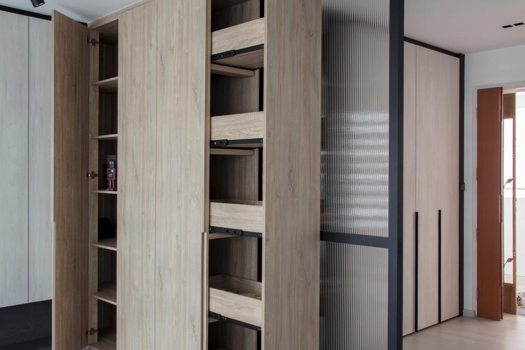 Yishun Avenue 4, KDOT, Scandinavian, Living Room, HDB, Door, Folding Door, Closet
