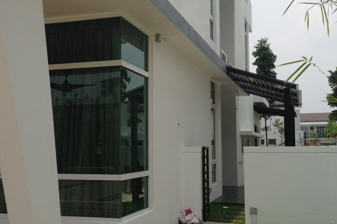 Kinrara Residence, Puchong, Trivia Group Sdn. Bhd., Modern, Landed, Building, House, Housing, Villa, Flora, Jar, Plant, Potted Plant, Pottery, Vase