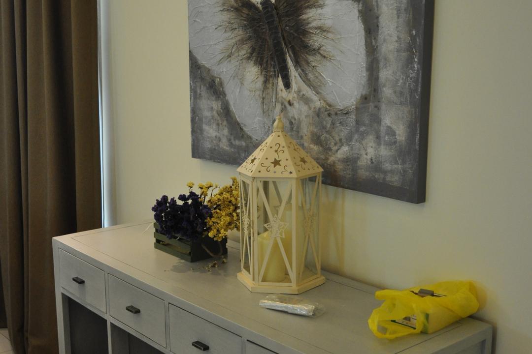 Kinrara Residence, Puchong, Trivia Group Sdn. Bhd., Minimalistic, Landed, Flora, Jar, Plant, Potted Plant, Pottery, Vase, Indoors, Nursery, Room