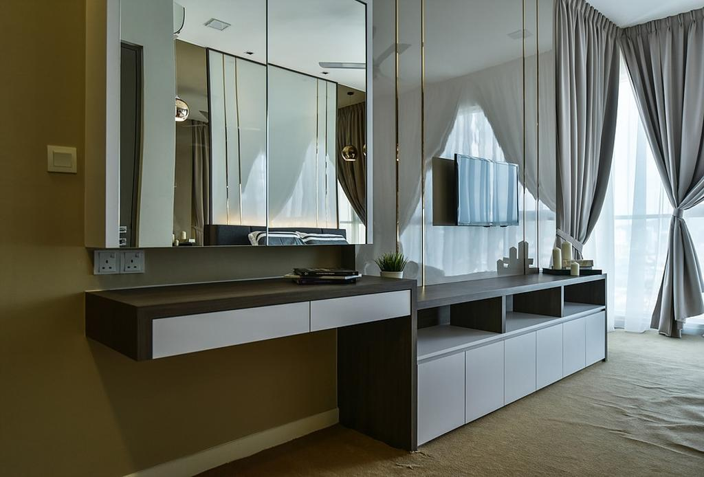 Contemporary, Condo, Bedroom, Damansara Utama, Interior Designer, IQI Concept Interior Design & Renovation, Dresser, Vanity