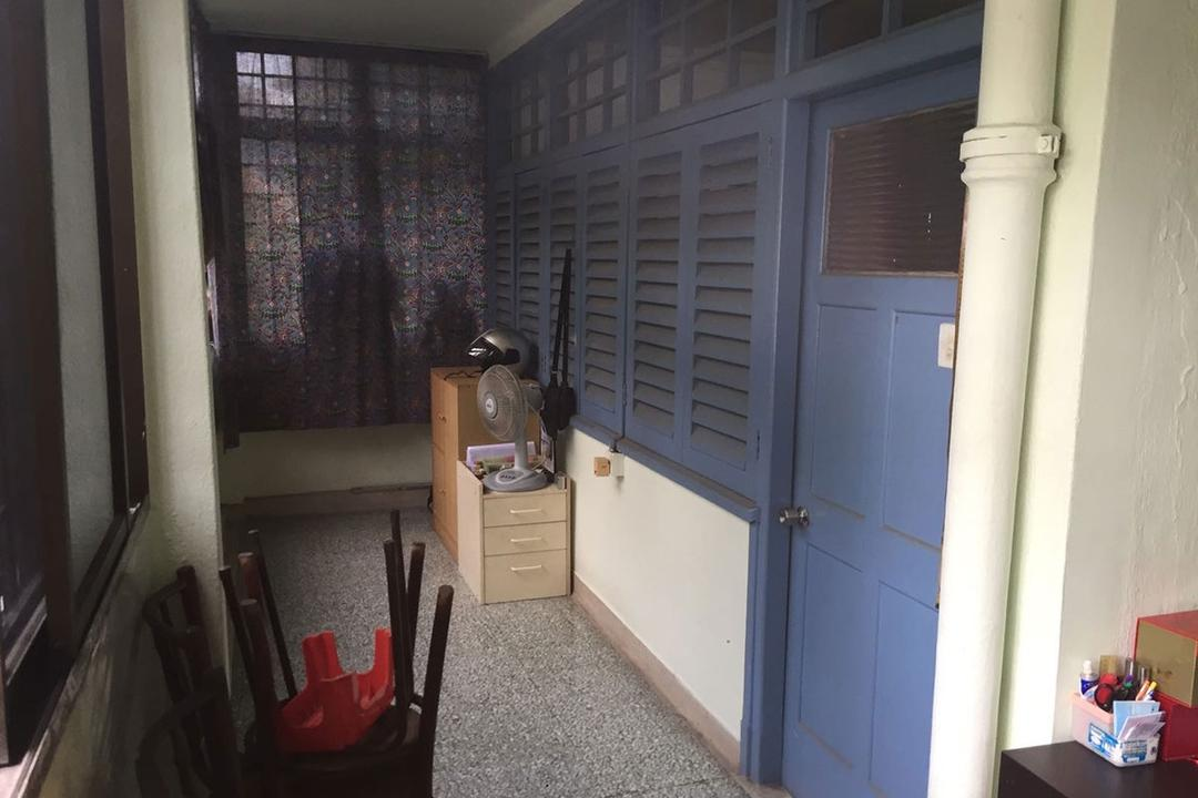 Modernism Meets Heritage in This 1960s Tiong Bahru HDB Flat | Qanvast
