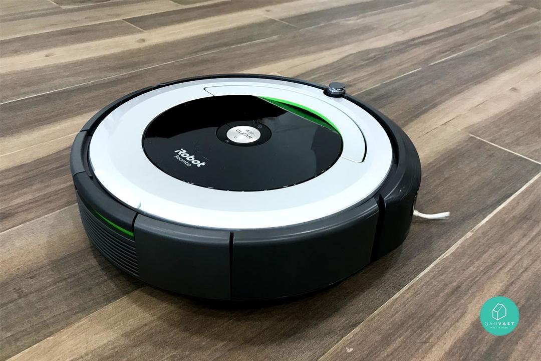 Xiaomi Roborock Vs iRobot Roomba Robot Vacuum Review