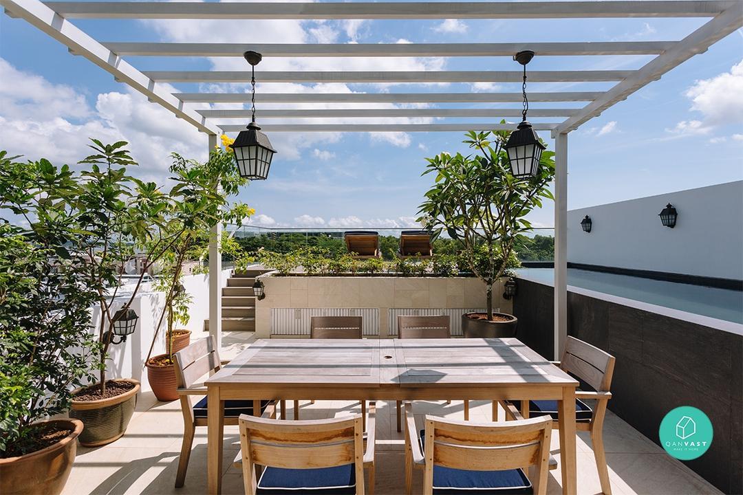Modern Coastal home by Schemacraft