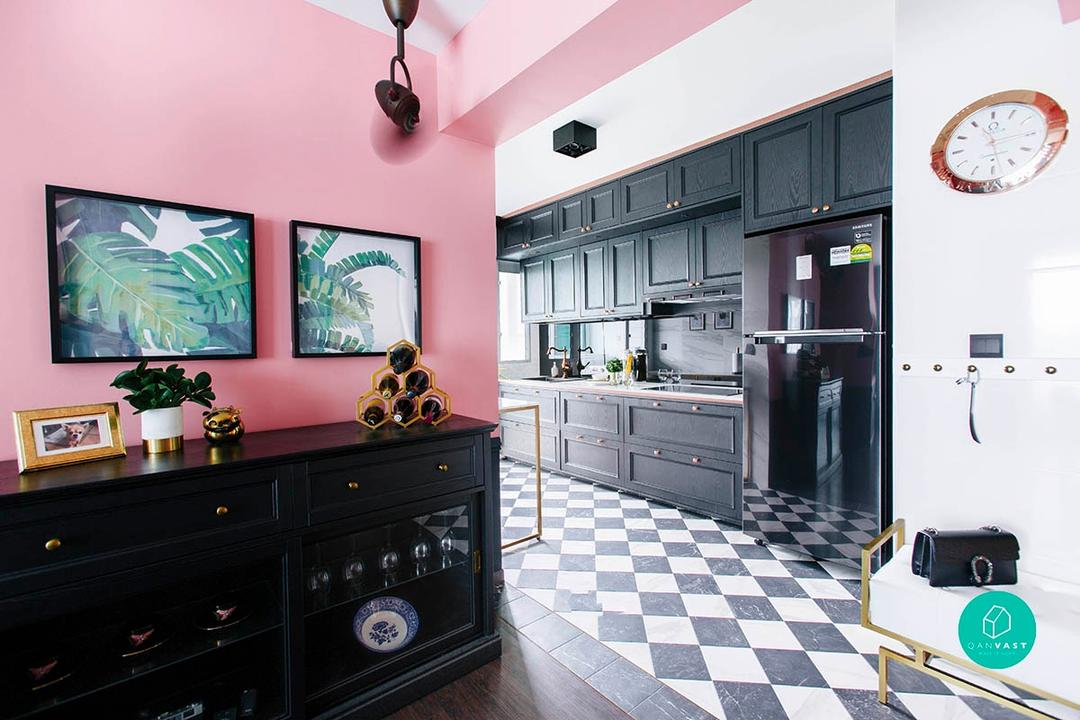 Modern Victorian 'Pink' House in Telok Blangah by The Scientist