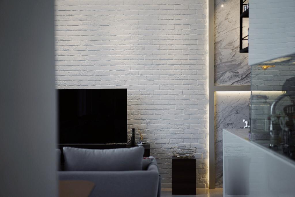Contemporary, Condo, Living Room, The Creek, Interior Designer, Authors • Interior & Styling, Minimalist
