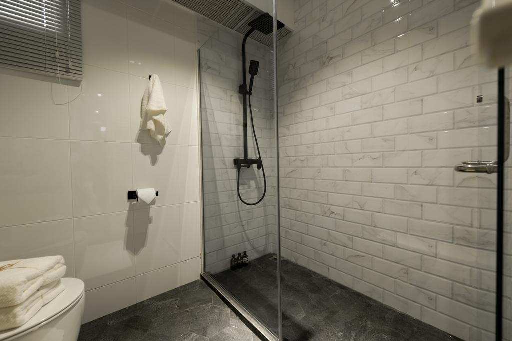Contemporary, HDB, Bathroom, Buangkok Crescent, Interior Designer, 19 Eighty Three