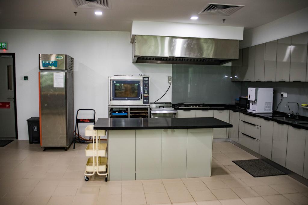 R&D Kitchen, Pulau Indah, Commercial, Interior Designer, Fuyu Dezain Sdn. Bhd., Transitional