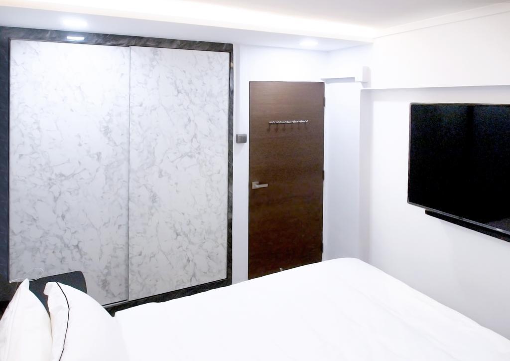 Contemporary, HDB, Bedroom, Bishan Street 11, Interior Designer, Ideal Haus