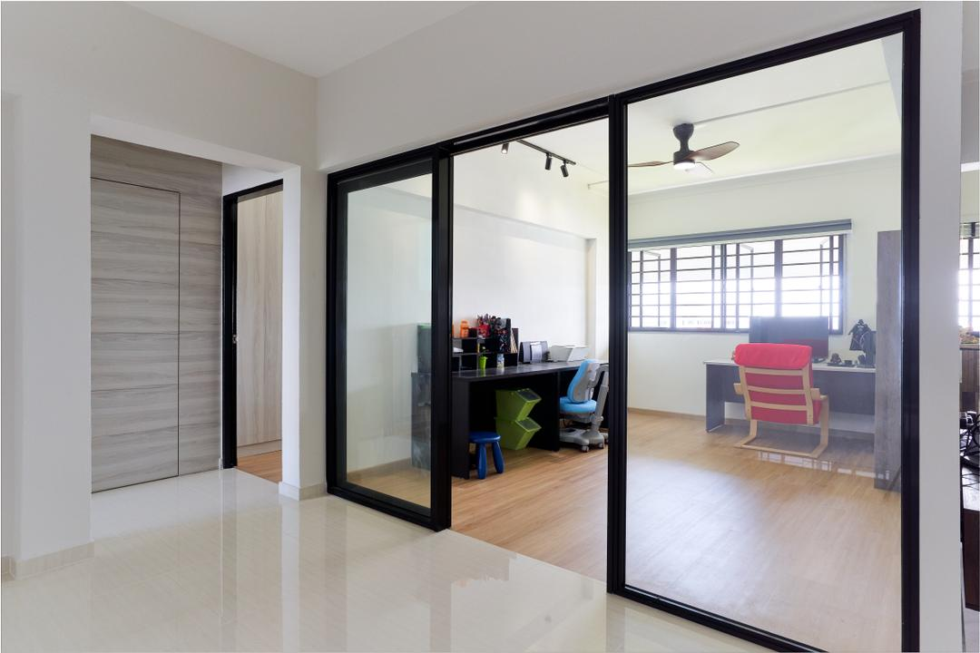 Tampines Street 91 by AgcDesign