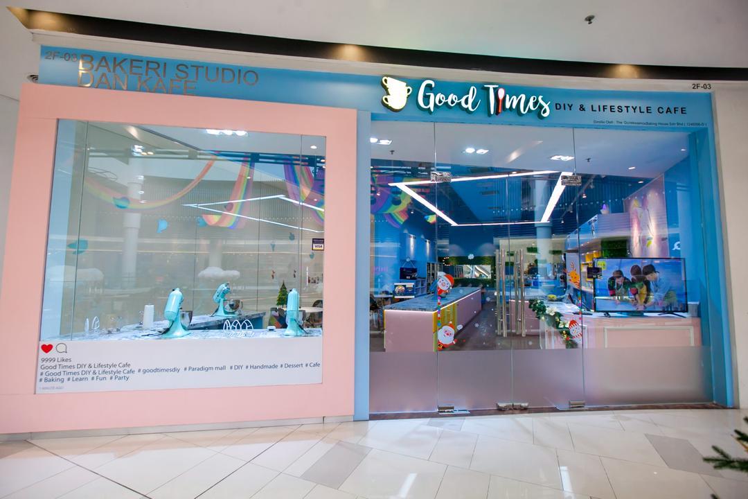 Good Times, Paradigm Mall