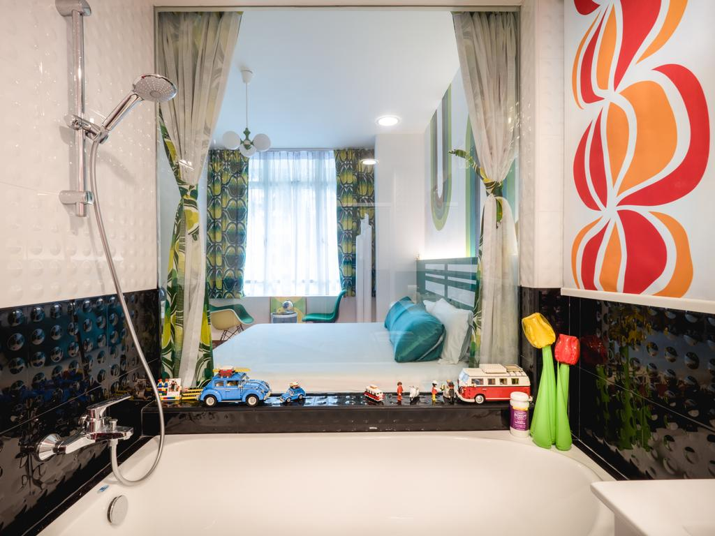 Retro, HDB, Bathroom, Compass Heights, Interior Designer, The Safe Haven Interiors