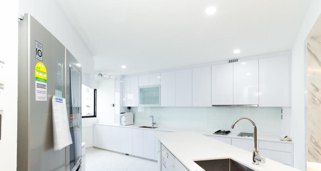 Contemporary, HDB, Kitchen, Bukit Purmei, Interior Designer, Patrick's Interior Dezign