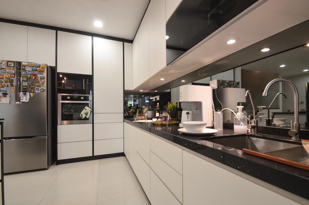 Sunway Challis, Damansara by Zyon Studio Sdn. Bhd.