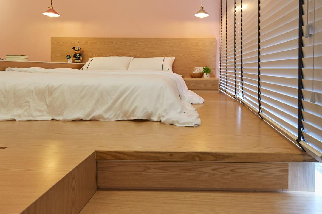 Bellewaters, LS2 Design & Construction, Contemporary, Industrial, Bedroom, Condo, Platform Bed, Platform, Storage