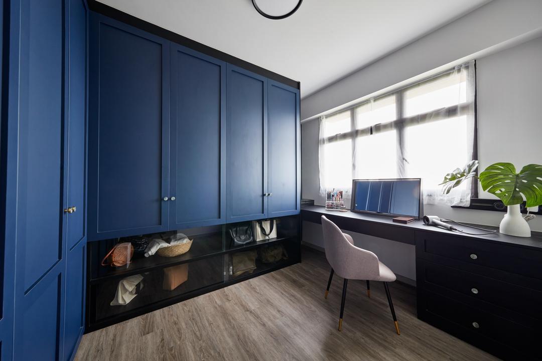 Toa Payoh East, Free Space Intent, Eclectic, Vintage, Bedroom, HDB, Walk In Wardrobe, Wardrobe, Dresser, Vanity, Dressing Room, Blue