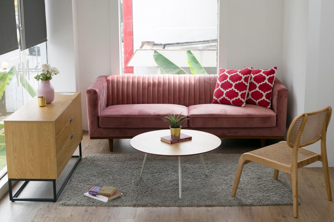 8 Of The Best Trendy Sofas To Purchase For All Budgets 4