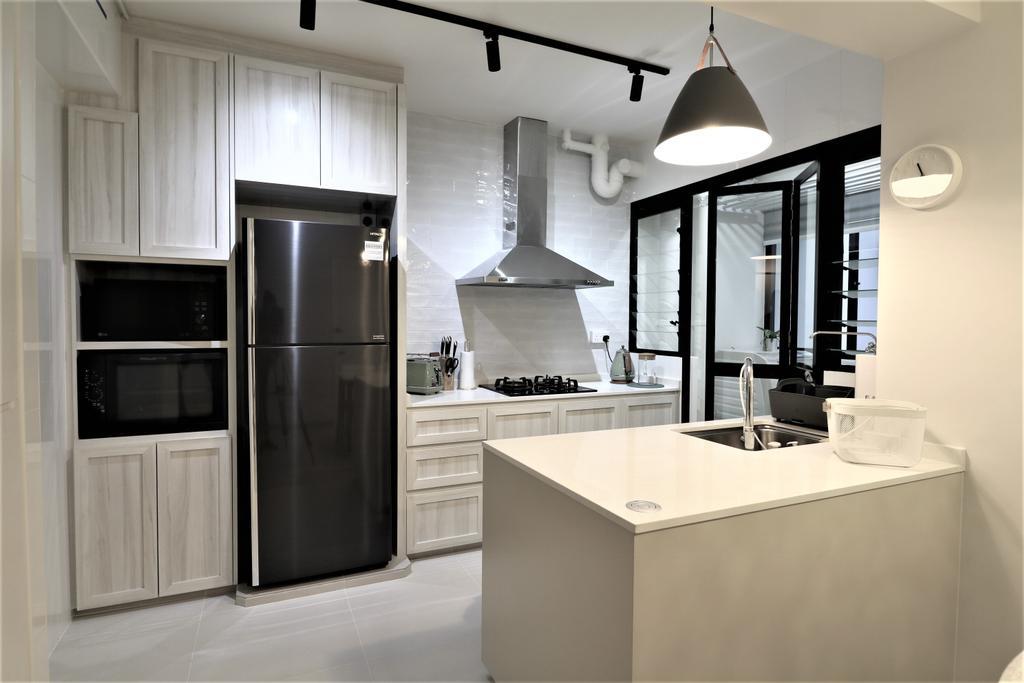 Tampines Street 61 by E+e Design & Build