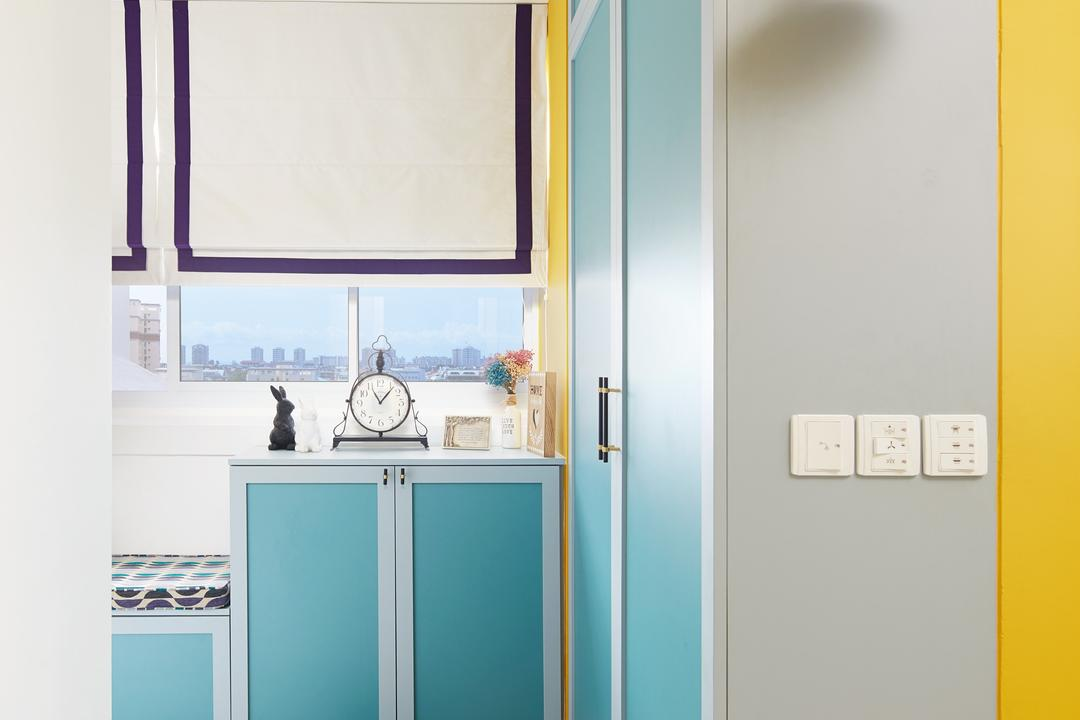 Lengkok Tiga, Black N White Haus, Vintage, Kitchen, HDB, Geometric Flooring, Patterned Tiles, Colourful, Blue, Shoe Cabinet, Doorway, Foyer