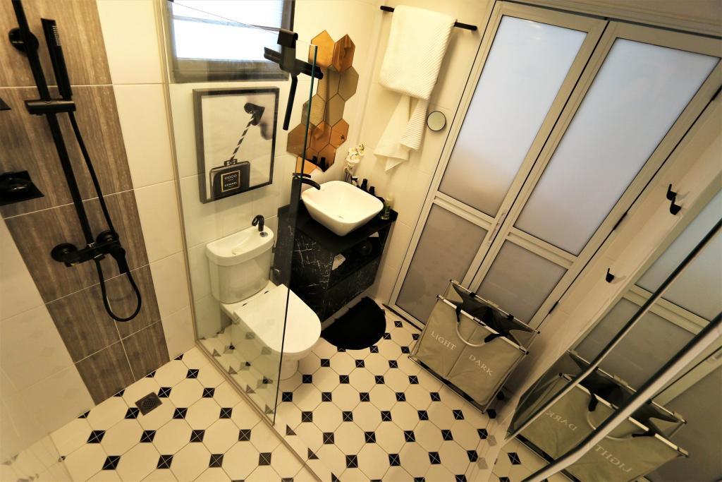 Modern, Condo, Bathroom, RV Residences, Interior Designer, D'Phenomenal, Industrial, Eclectic