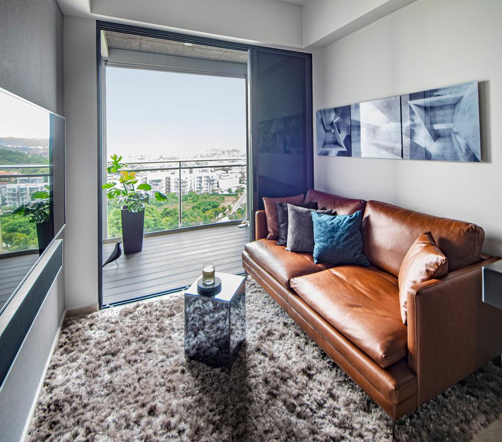Modern, Condo, Living Room, West Coast View, Interior Designer, DISTINCTidENTITY, Contemporary
