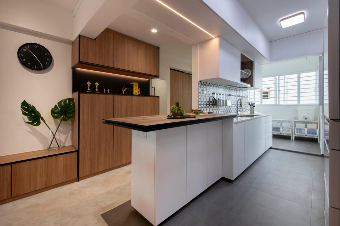 Bedok Reservoir View by The Safe Haven Interiors