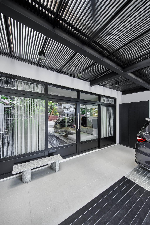 Contemporary, Landed, Balcony, Jalan Adat, Interior Designer, Bowerman, Foyer, Porch, Entrance, Car Porch