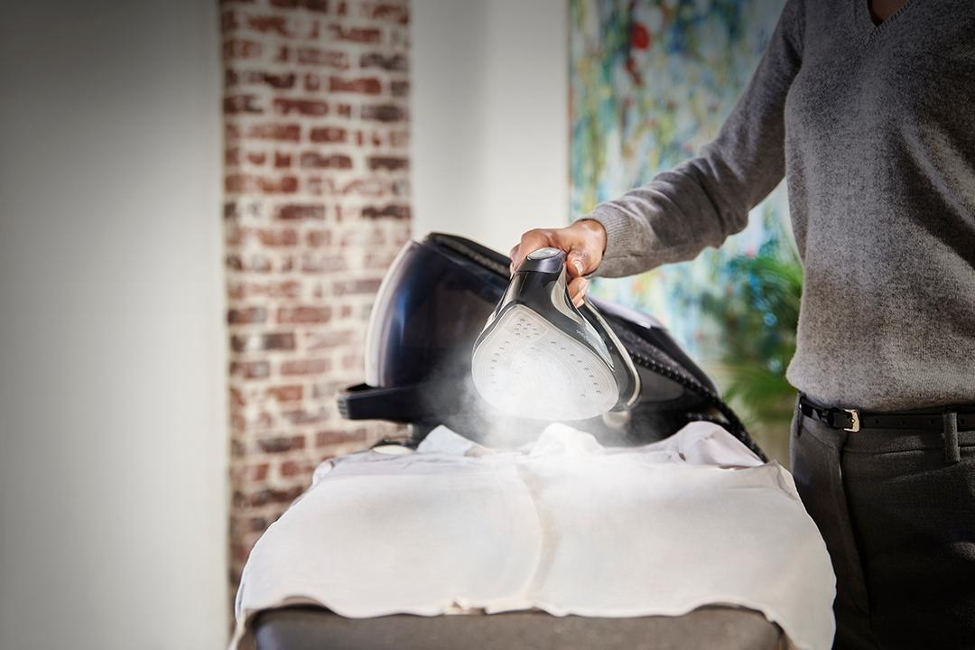 Have Tons of Clothes to Iron? You Need This Steam Generator 4