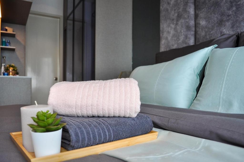 Modern, Condo, Bedroom, Damai Hillpark Residence, Damai Cheras, Interior Designer, Considered Design Sdn. Bhd., Contemporary