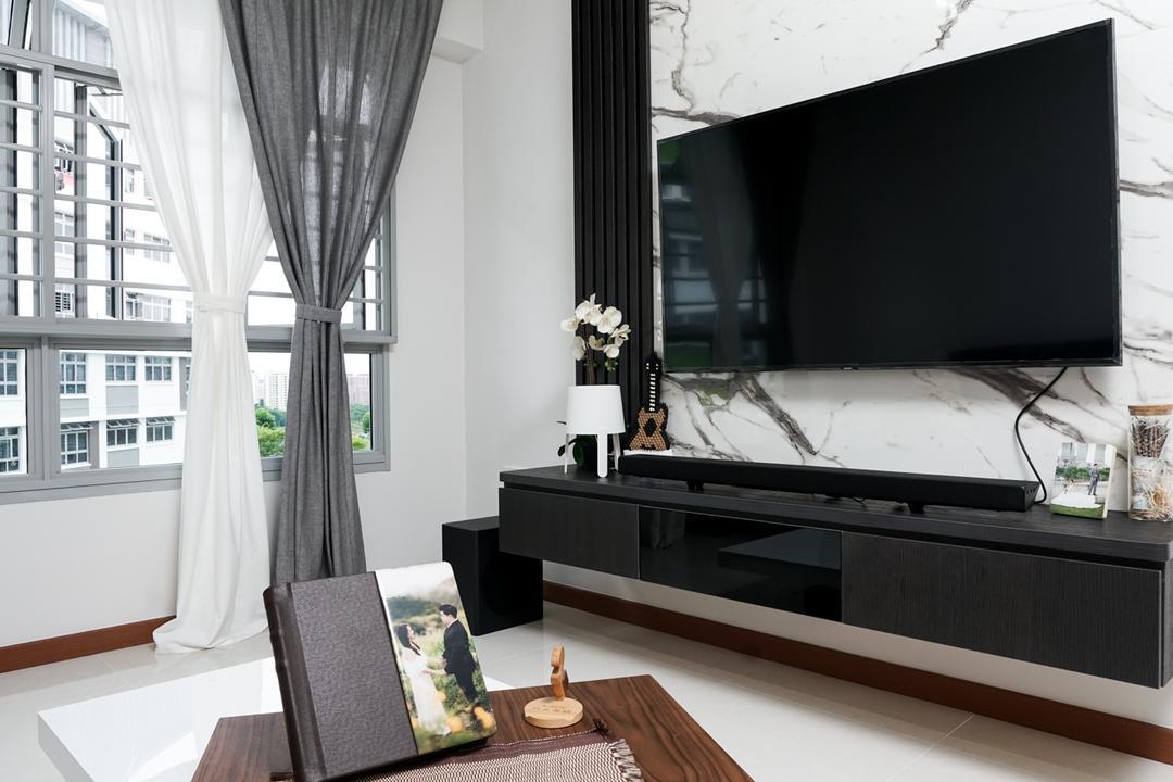 Tampines North Drive 1 (Block 614B) Living Room Interior Design 3