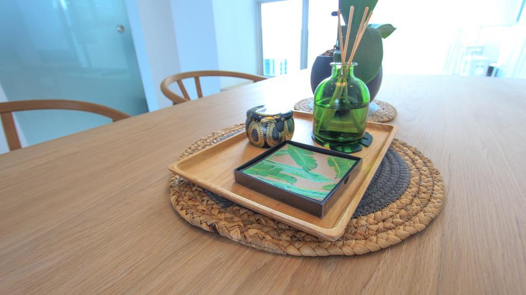Scandinavian, Condo, Dining Room, The Metropolitan, Interior Designer, Design Story