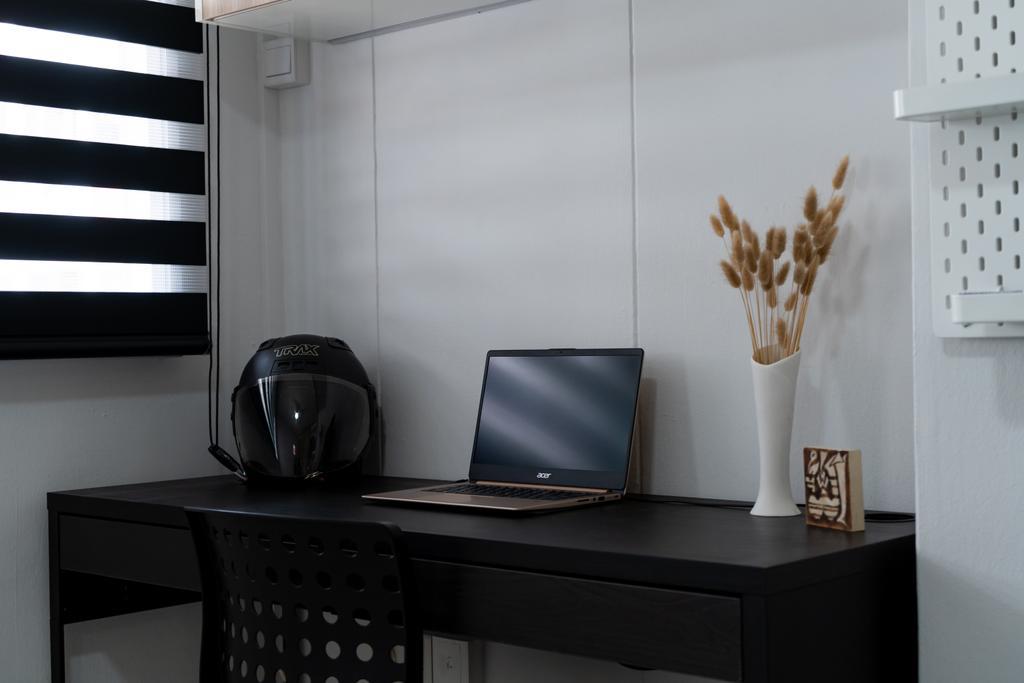 Contemporary, HDB, Hougang Avenue 8, Interior Designer, Albedo Design