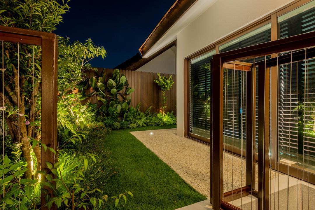 Varsity Park, PHD Posh Home Design, Contemporary, Garden, Condo