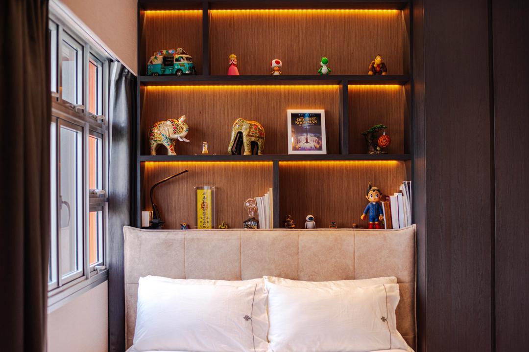 Bukit Batok, Ataz Haus Interior Design, Modern, Contemporary, Bedroom, HDB, Collectibles, Display
