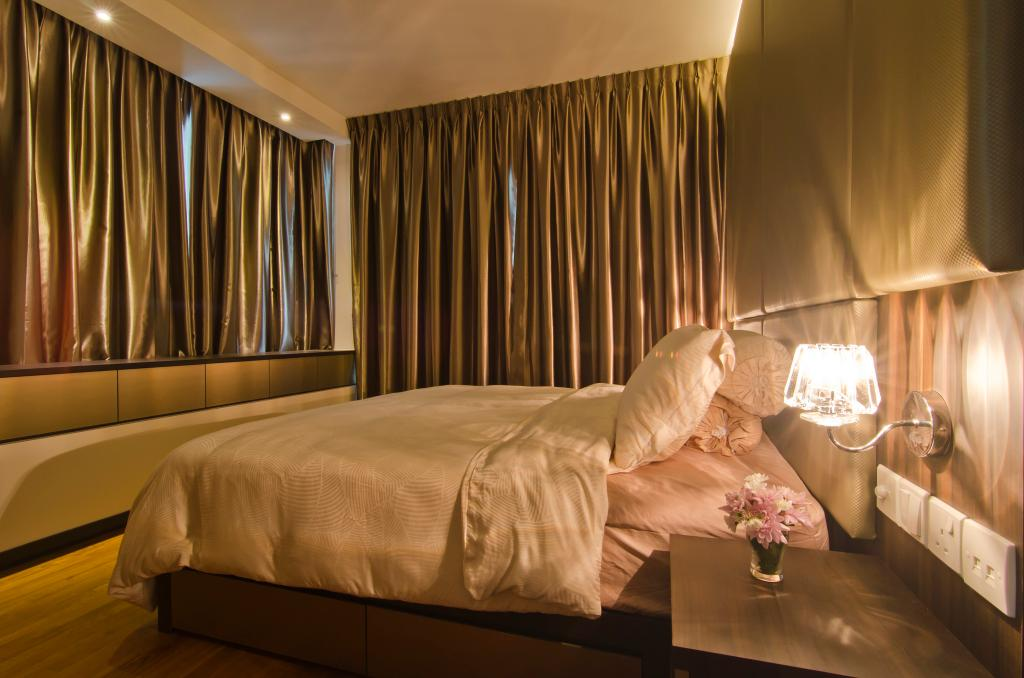 Modern, Condo, Bedroom, Tanah Merah Kecil, Interior Designer, Ideal Design Interior, Curtains, Side Table, Night Stand, Glam, Wall Lamp, Cabinet, Feature Wall