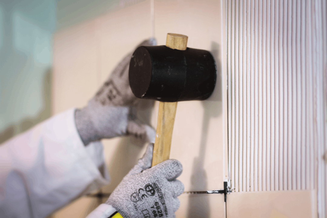 popped tile, cracked tiles issues and tile adhesives Saint Gobain